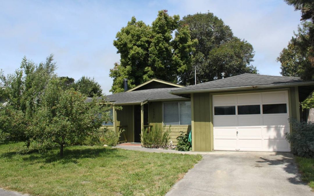 3 Bedroom House in North Arcata – 1000 ft2, $1,800
