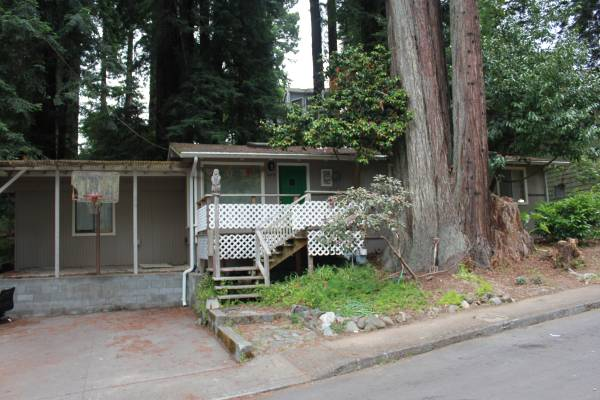 Home in the Redwoods – $1800 / 3br – 1000 sq ft