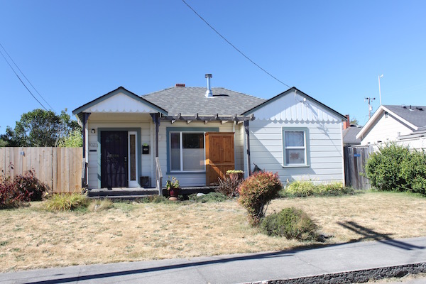 Sweet Eureka Home, Available August 1