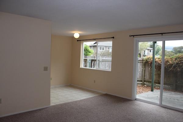 Arcata Apartment, 2 Bed/1 Bath, $1000