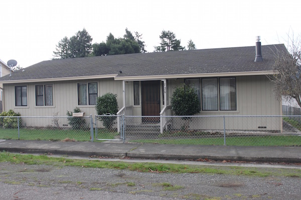 2 Bedroom Home in Blue Lake – $1500/mo.