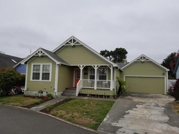 Arcata 3 bed/2 bath – $1900