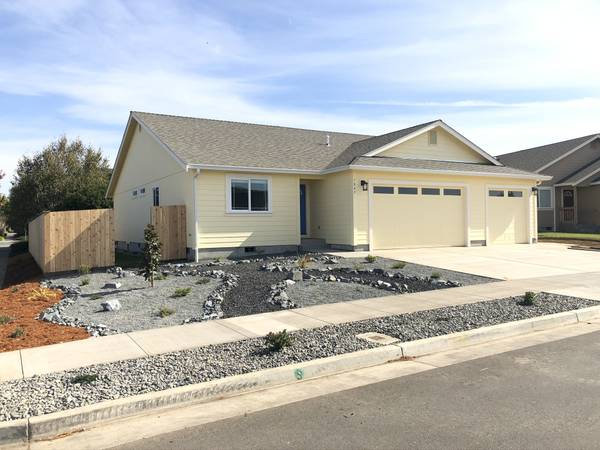 New Construction in McKinleyville – 1210 ft2, $1850